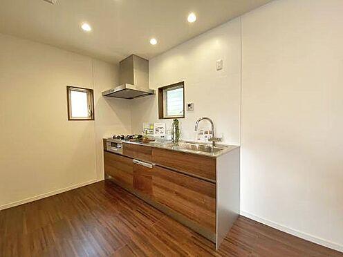 中古一戸建て-伊東市赤沢 ≪キッチン≫ 使い易いシンプルなキッチン。