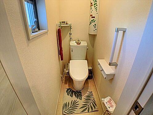 戸建賃貸-碧南市緑町4丁目 1、2階とあるので重なる朝も安心です。