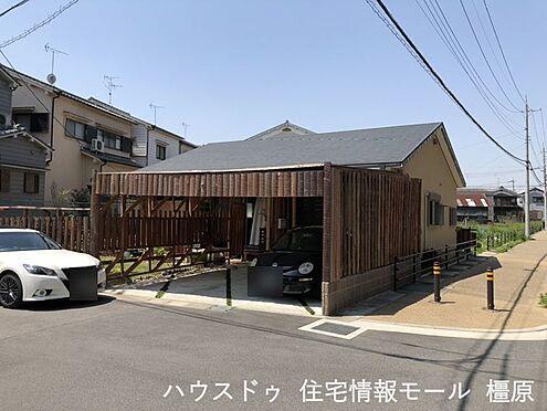 戸建賃貸-桜井市大字粟殿 2019年完成、平屋の物件です!土地面積は62坪あり、駐車は並列で2台可能。お庭もございます(2021年5月撮影)