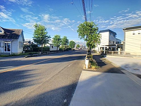 新築一戸建て-西尾市今川町一本松 ファミリー世帯が多く住むエリアのため、保育園や幼稚園が複数あります。