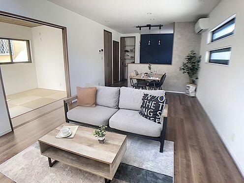 戸建賃貸-西尾市吉良町木田祐言 心地よく家族をつなぐ開放感に満たされる家族の和み空間。
