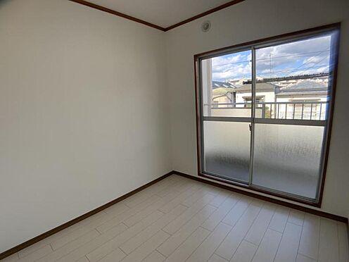 中古マンション-豊田市栄町6丁目 洋室は、約6帖・約4.5帖の2部屋ございます。