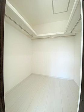 中古一戸建て-日進市岩崎町野田 2階全居室にウォークインクローゼットを完備しており、衣服が多い方も安心です。