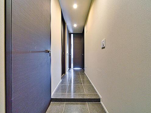 区分マンション-新宿区南元町 玄関(写真の家具・什器は価格には含まれません)