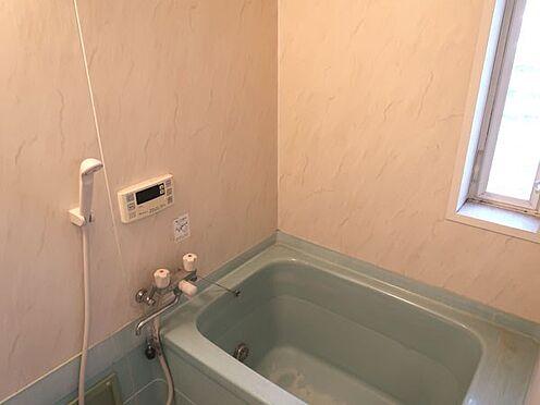 中古マンション-多摩市永山3丁目 窓の付いた浴室部分