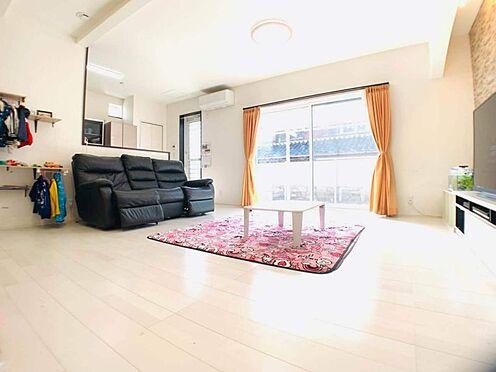 中古一戸建て-江南市勝佐町西郷 お子さまとお話ししながら、テレビを見ながら料理ができるカウンターキッチンです!
