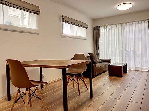 戸建賃貸-北名古屋市西之保立石 陽当りの良いリビングです。