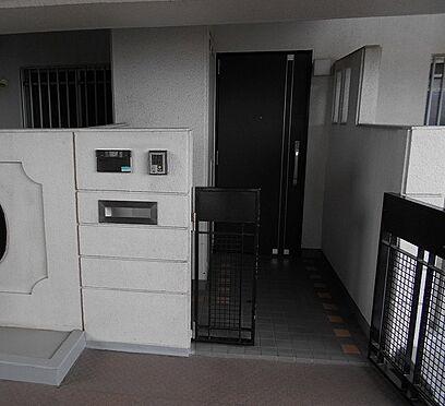 マンション(建物一部)-大阪市西淀川区佃5丁目 玄関ポーチ有