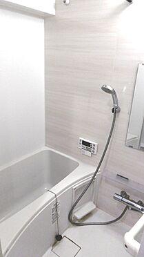 中古マンション-渋谷区西原2丁目 2018年2月新規リフォーム済みの浴室。・掲載の家具、調度品は販売価格に含まれません。