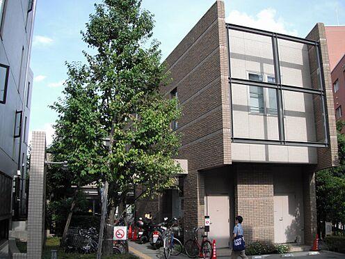 マンション(建物一部)-文京区千駄木2丁目 図書館本郷図書館(千駄木)まで83m