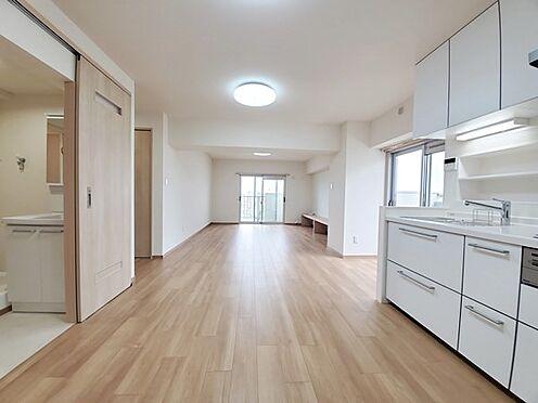 区分マンション-多摩市落合3丁目 フルリノベーション済の室内を是非ご見学下さい。