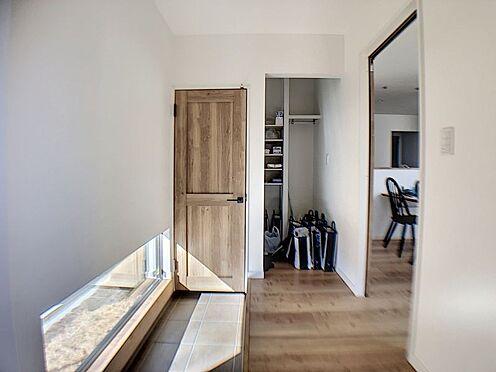 新築一戸建て-名古屋市守山区小幡北 アウトドア用品等も収納できるスペースがございます。