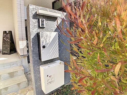 中古一戸建て-名古屋市中川区野田2丁目 TVモニター付きインターホン。宅配BOXもございます。