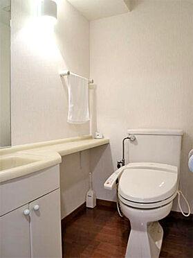 中古マンション-伊東市富戸 ≪お手洗い≫ こちらも比較的綺麗な状態です。