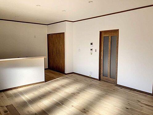 戸建賃貸-知多郡東浦町大字森岡字山之神 窓から明るい日差しが差し込み、暖かくて過ごしやすい空間です!