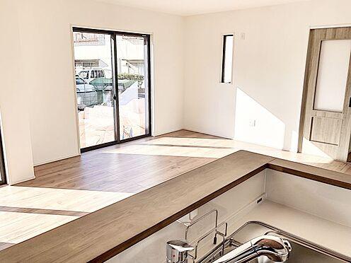 新築一戸建て-福岡市南区桧原2丁目 キッチンからのリビングです