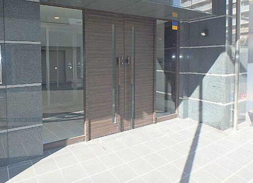 マンション(建物一部)-大阪市中央区法円坂1丁目 シックな印象のエントランス