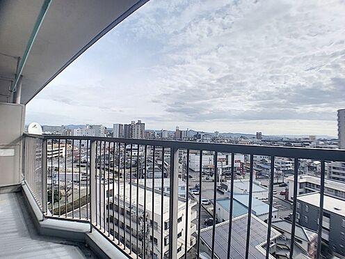 区分マンション-豊田市山之手7丁目 南側に面したバルコニーは広々としておりお布団もたっぷり干せます♪