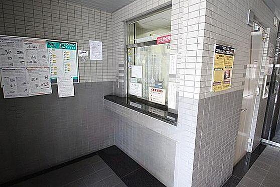 マンション(建物一部)-大阪市淀川区塚本4丁目 綺麗に清掃されたエントランス