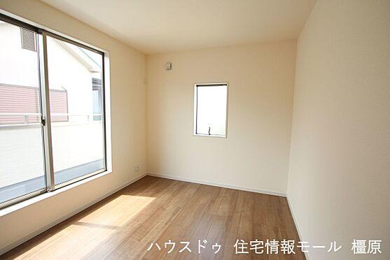 戸建賃貸-磯城郡田原本町大字阪手 2階洋室は全てフローリング貼でお掃除楽々!清潔に保てます。