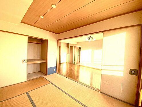 中古マンション-豊田市日南町5丁目 コタツを置いて情緒が楽しめるのは和室のお部屋ならでは。