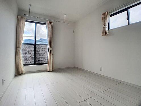 中古一戸建て-安城市和泉町八斗蒔 窓が2方向にあるので、風通しもよく部屋も明るいです