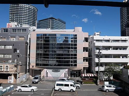 マンション(建物一部)-品川区大崎5丁目 居室からの眺望。前面に建物がないため明るく、風通しも良好です。