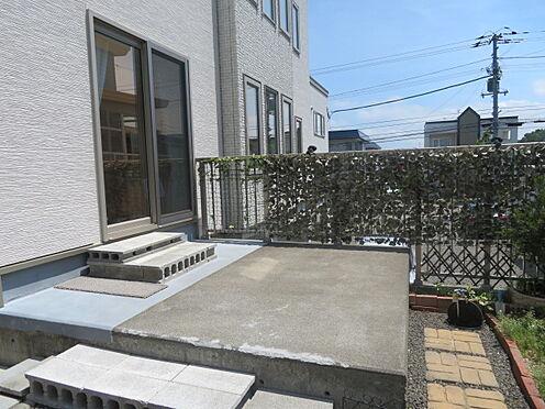アパート-札幌市清田区平岡四条3丁目 2階部分にテラススペース