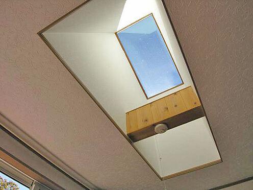 中古一戸建て-伊東市宇佐美 <LDK>天井部分。