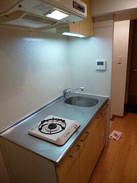 マンション(建物一部)-港区西麻布2丁目 お料理できるスペースが広いキッチンです。