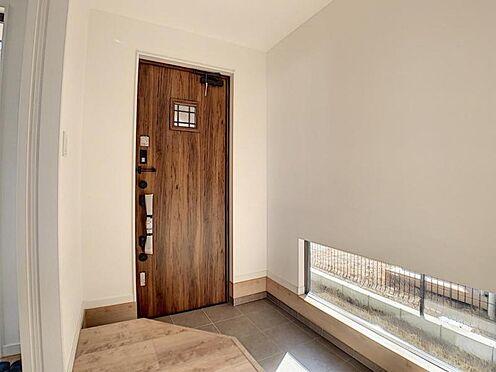 新築一戸建て-名古屋市守山区小幡北 木のぬくもりを感じる玄関