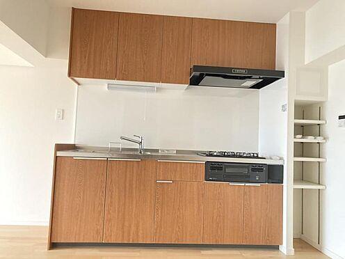 中古マンション-名古屋市名東区社口1丁目 キッチン横にも収納スペースございます!