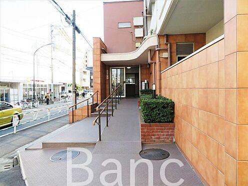中古マンション-渋谷区元代々木町 綺麗に管理されたエントランスです