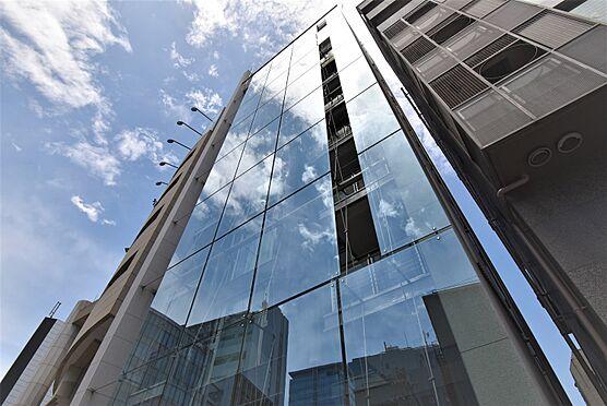 中古マンション-渋谷区神宮前2丁目 特徴的なガラスウォールの外観