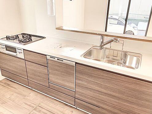 新築一戸建て-福岡市南区桧原2丁目 広々使えるキッチンです