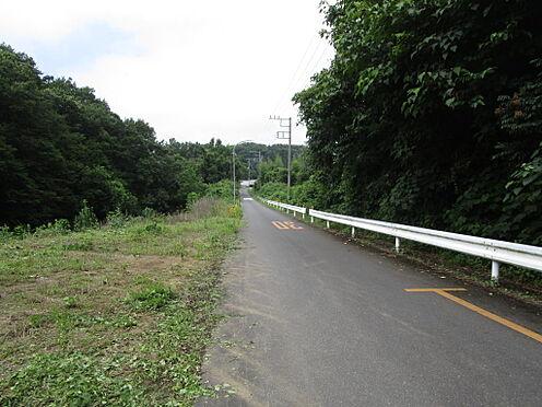 土地-比企郡滑川町大字羽尾 前面道路:北西側約5.7m公道に接道