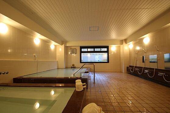 中古マンション-足柄下郡湯河原町宮上 湯河原の温泉を堪能できる温泉大浴場がエントランス階にあります。サウナ付きですので、ごゆっくりお楽しみ