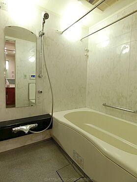 中古マンション-横浜市神奈川区栄町 1418サイズの広々浴室大変丁寧にお使いです