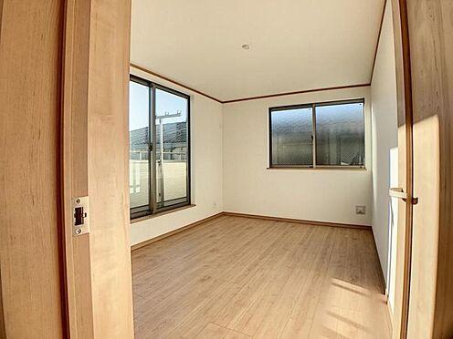 新築一戸建て-名古屋市天白区野並1丁目 窓が豊富で優しい光が室内に差し込みます♪