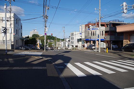 マンション(建物全部)-札幌市南区南沢四条3丁目 前面道路