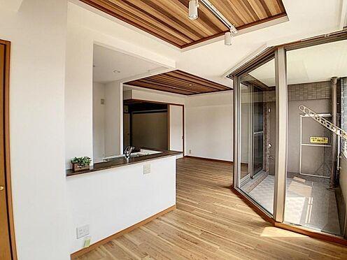 区分マンション-名古屋市中川区新家2丁目 日当たり良好の明るいダイニングです!
