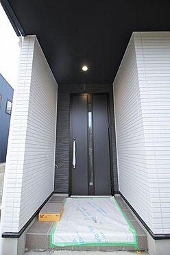 新築一戸建て-仙台市泉区将監12丁目 玄関