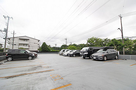 中古マンション-多摩市貝取2丁目 駐車場