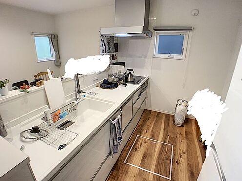 中古一戸建て-安城市東栄町 ビルトインの食器洗い機やIH調理で、家事の時間を短縮。