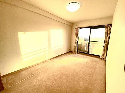中古マンション-豊田市日南町5丁目 暖かな光が差し込む南側洋室
