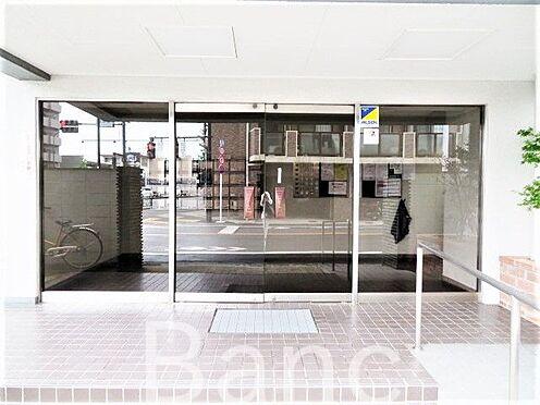 中古マンション-大田区西糀谷3丁目 綺麗に管理されたエントランス