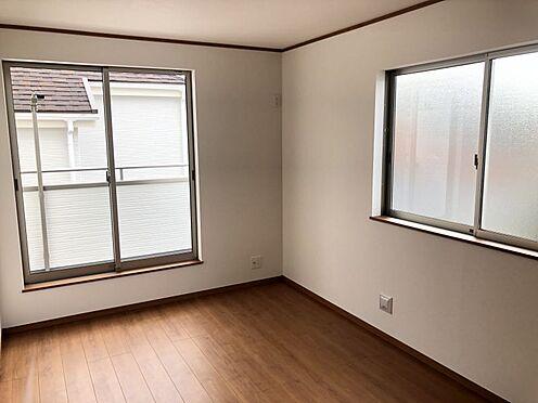 新築一戸建て-みよし市三好町荒池 各居室に収納ございます!(こちらは施工事例です)