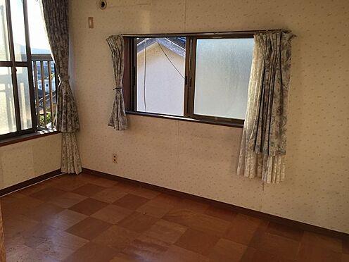 戸建賃貸-横須賀市上町4丁目 【洋室】 2階建ての洋室 ※募集当時の写真です。現況と異なる場合がありますが現況優先とします。
