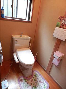 中古一戸建て-伊東市富戸 ゆったりとしたトイレ 広さがあってとても落ち着きます。