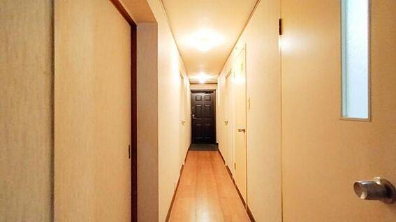 中古マンション-福岡市西区今宿青木 廊下です☆